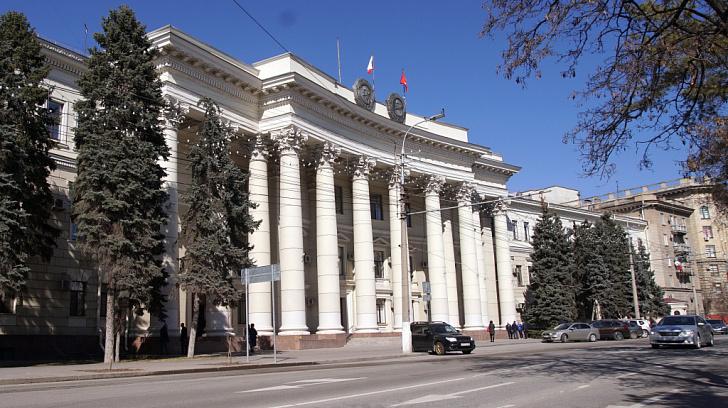 15 законов принято на заседании регионального парламента