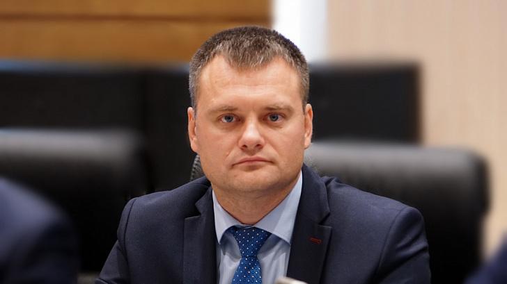Поздравление с Новым годом руководителя фракции «Партия пенсионеров за социальную справедливость» Евгения Кареликова