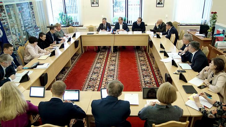 В Волгоградской областной Думе рассмотрели кандидатуры в состав Молодежного парламента VII созыва