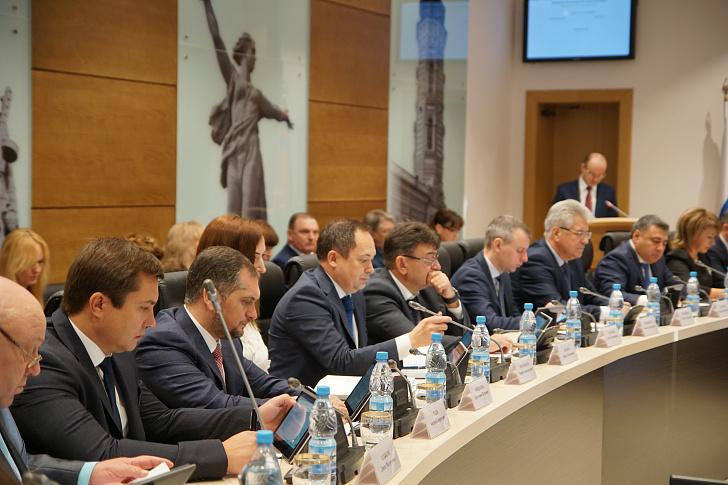 Регпарламент принял решение о назначении мировых судей Волгоградской области