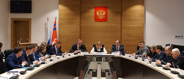 Кандидатура нового руководителя комитета ЖКХ региона прошла согласование в парламентском комитете