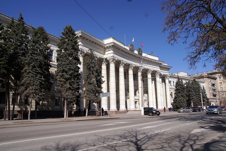 Утверждены планы работы областной Думы на март