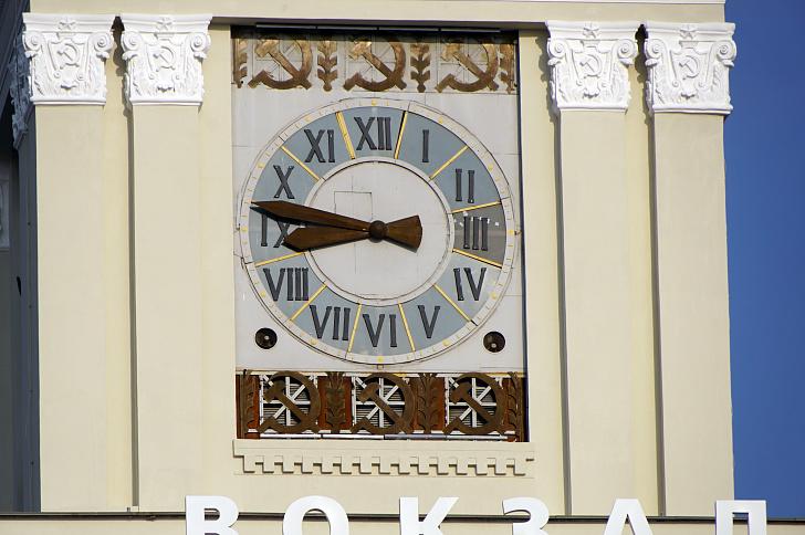 Вопрос об исчислении времени возвращается в региональную повестку дня
