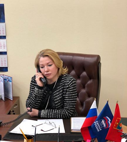 Ирина Соловьева провела прием граждан в общественной приёмной партии «Единая Россия»