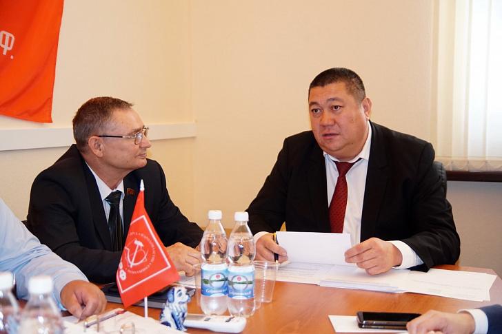 Региональные парламентарии подали декларации за 2019 год