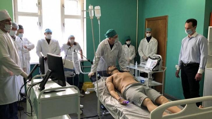 С помощью высоких технологий волгоградских врачей обучают профилактике и лечению COVID-19