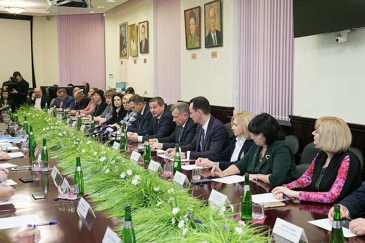 В ВолгГМУ прошла встреча губернатора с представителями медицинского сообщества региона