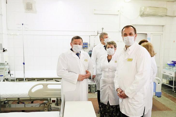 Завершен первый этап создания дополнительных инфекционных мест в медучреждениях региона