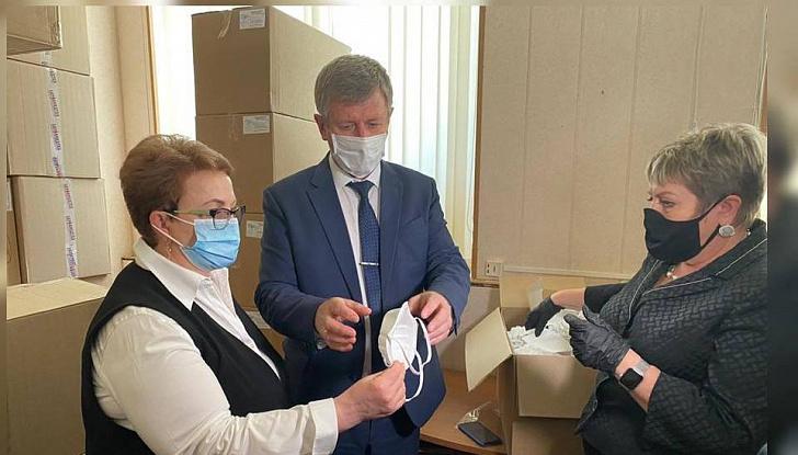 Медики региона, ведущие борьбу с коронавирусом, получают дополнительные средства индивидуальной защиты
