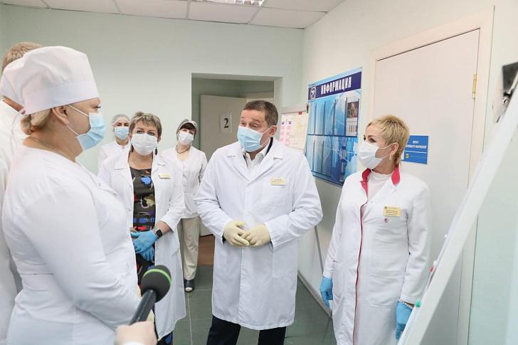 Волгоградская область наращивает больничные резервы для борьбы с COVID-19