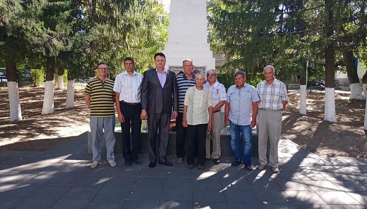 Депутат-коммунист Валерий Могильный посетил Кумылженский район
